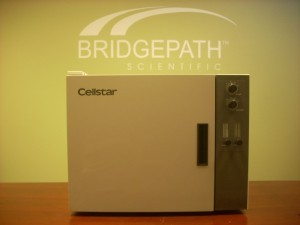 Cellstar Model QMI100S Bench Top CO2 Incubator
